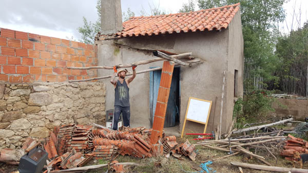 permaculture-volunteering-portugal