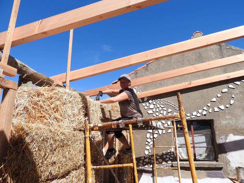 Building a strawbale hhouse