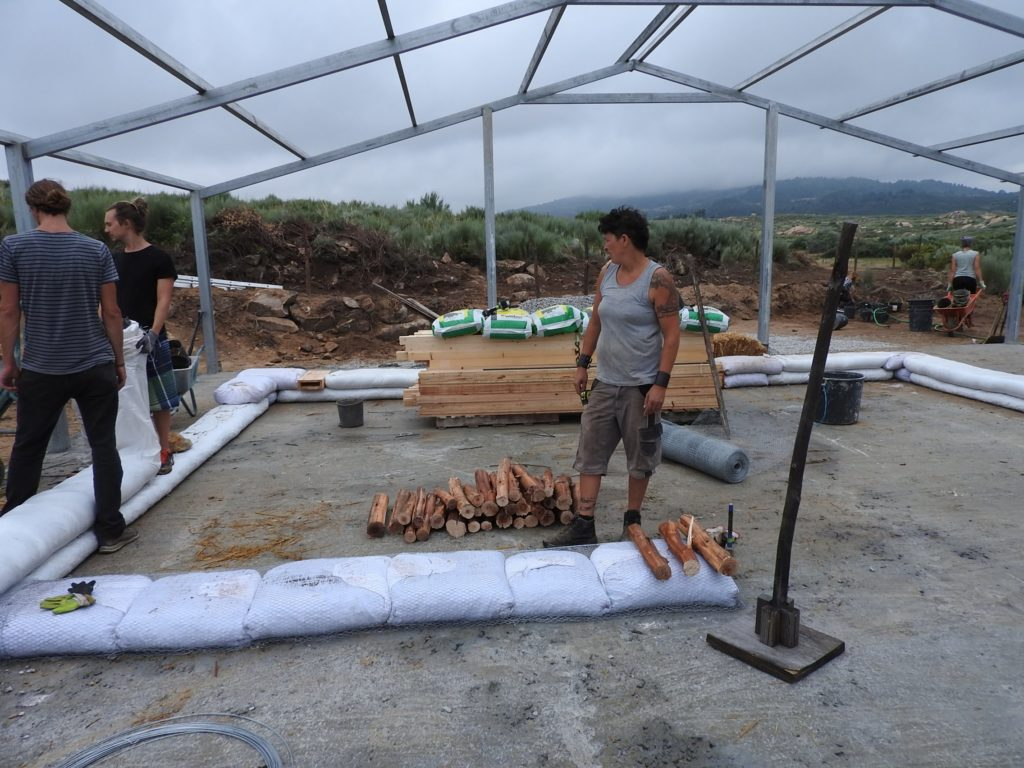 straw bale build portuga