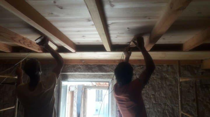 Installing sheep wool insulation